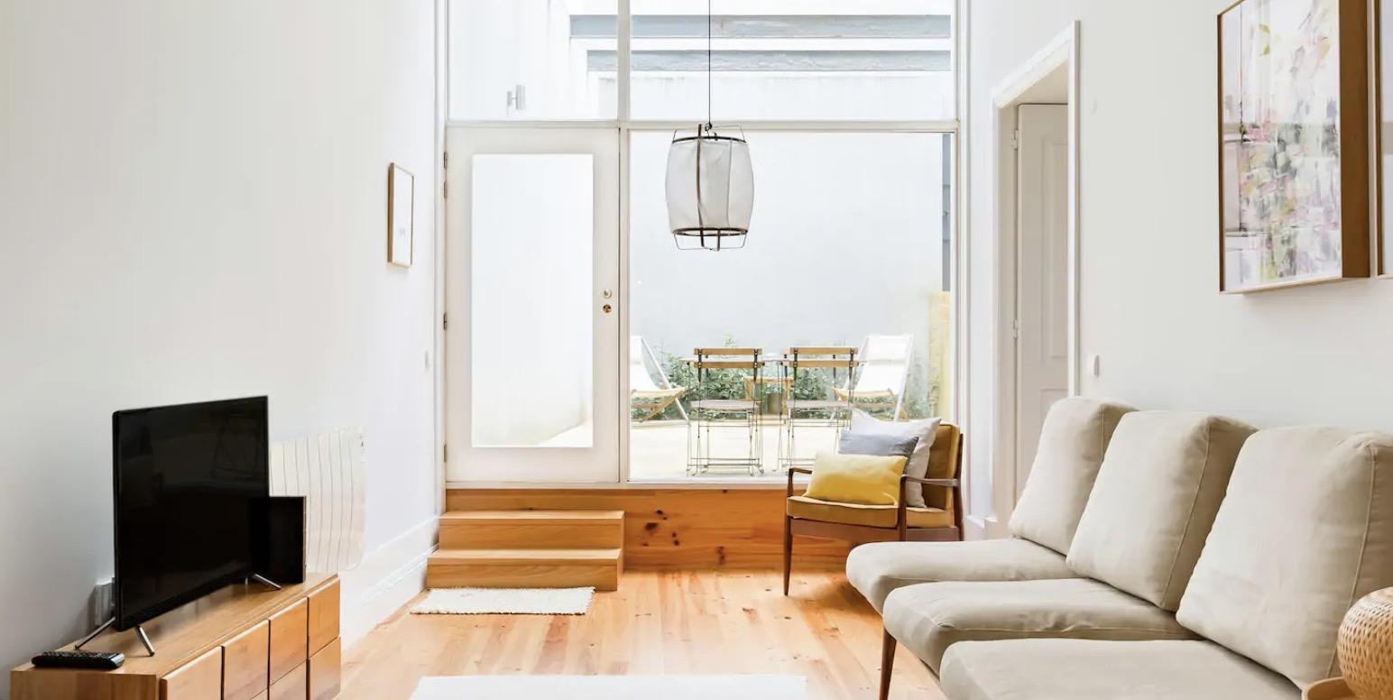 Appartement avec patio dans le centre
