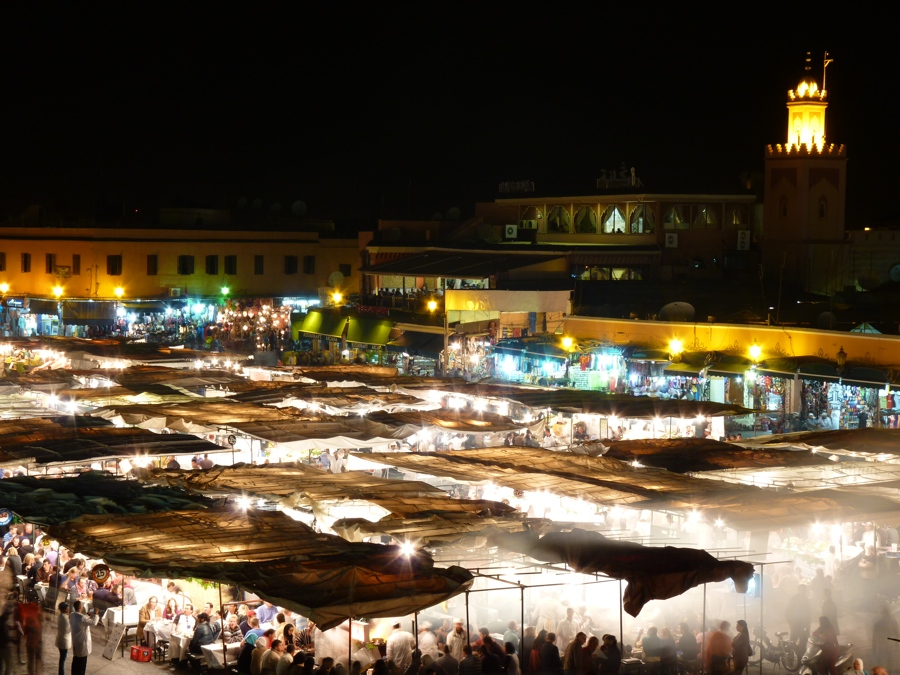 Place Jemaa El Fna la nuit