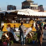 Vendeur de jus d'orange sur la place Jemaa El Fna à Marrakech