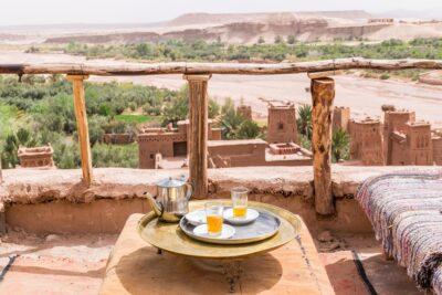Tea with a view à Ait Ben Haddou