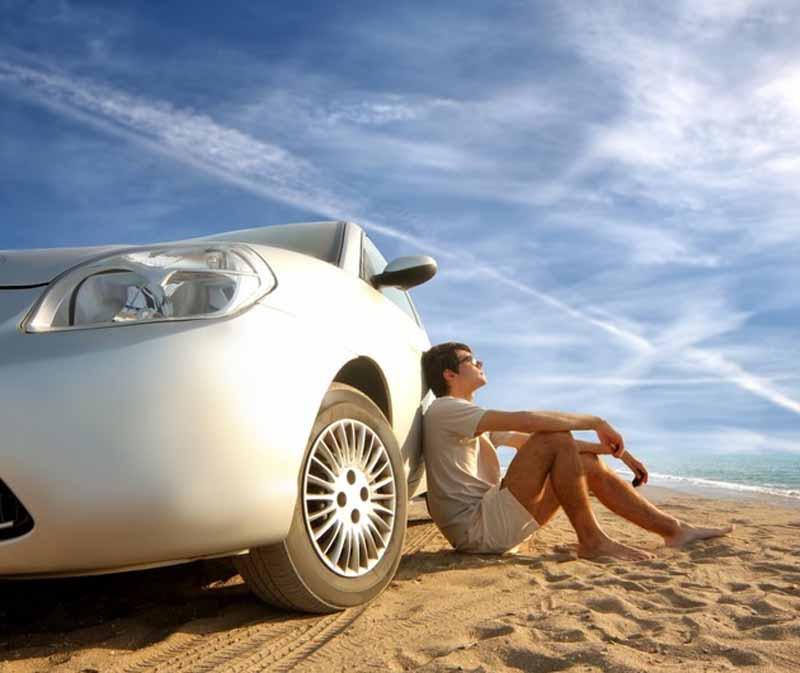 Location de voiture en voyage: possibilité ou nécessité?
