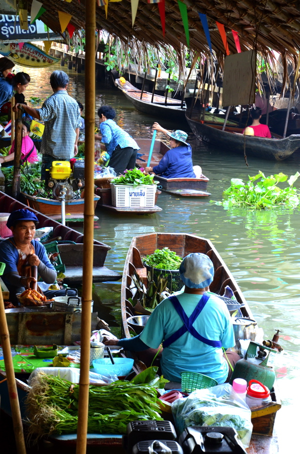 Photo #17: marché flottant de Khlong Lat Mayom