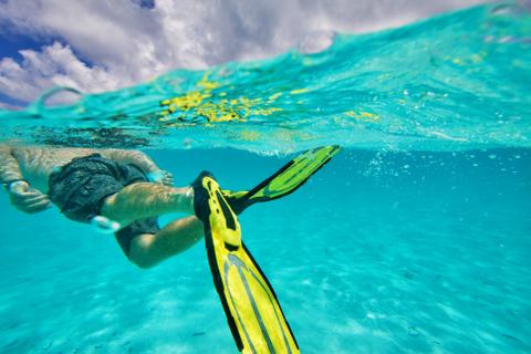 snorkeling seychelles
