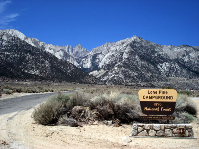camping lone pine