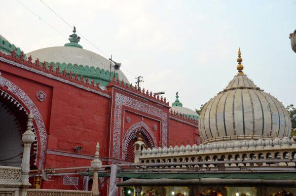 dargah nizamuddin delhi