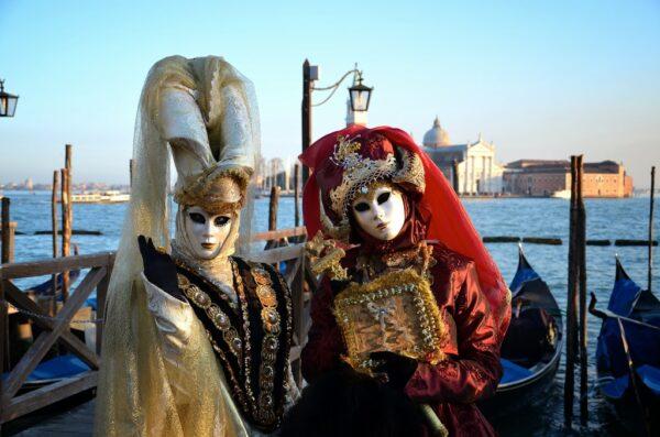 Assister au carnaval de Venise