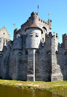 Château médiéval (Gravensteen) à Gand