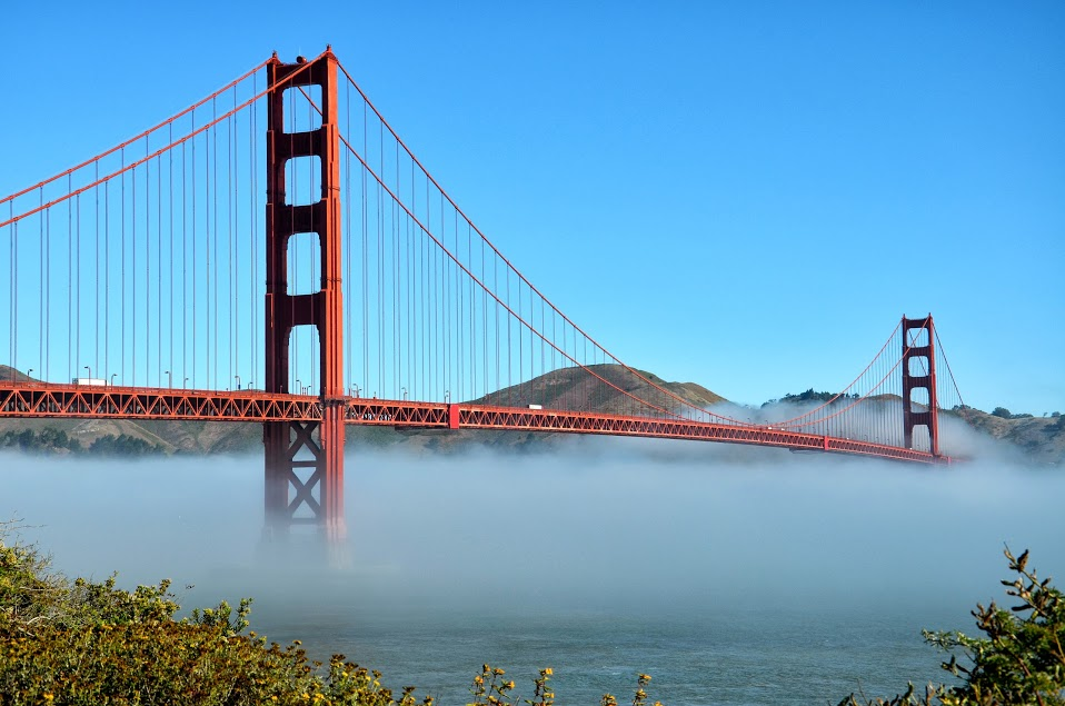 Golden Gate Bridge dans la brume