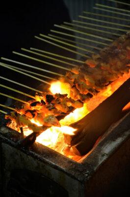 Ayam sate au night market de Kampung Bharu