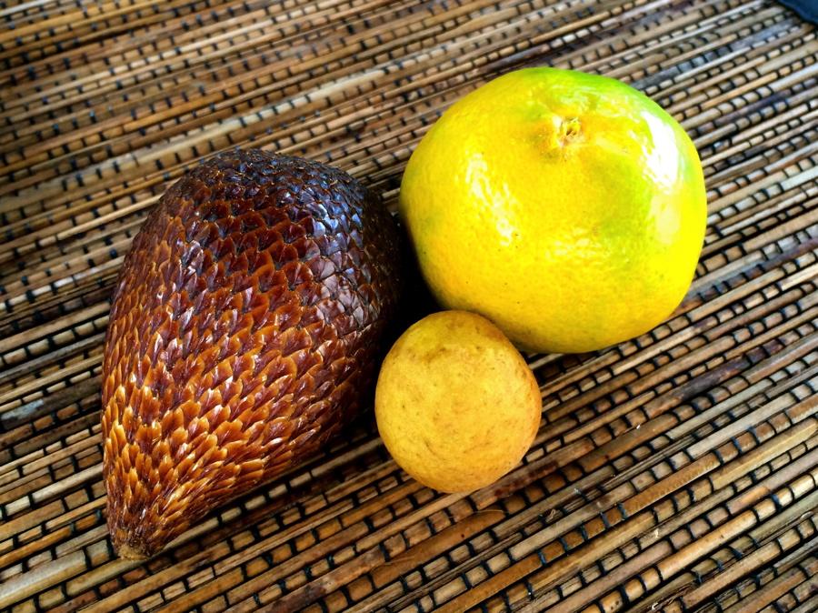 Fruits à Bali dont le snake fruit appelé salak