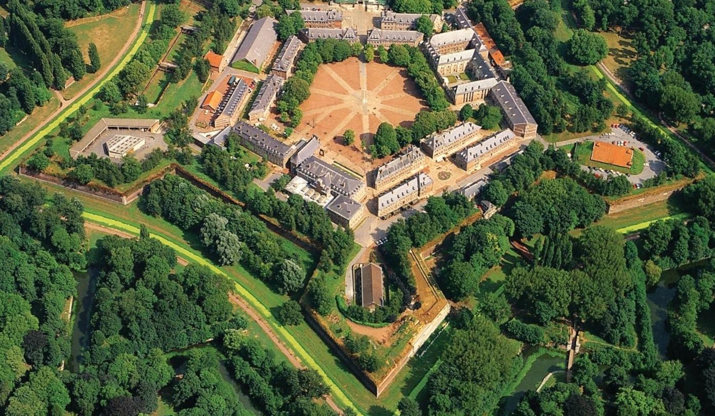 Citadelle de lille la reine des citadelles for Au dela du miroir lille