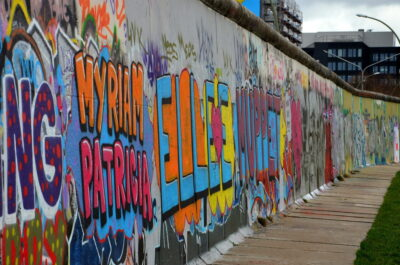 Graffitis sur le mur de Berlin