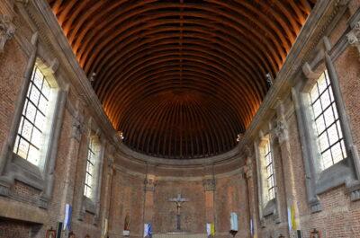 Intérieur de la chapelle de la citadelle de Lille