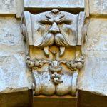 Lion sculpté dans la citadelle de Lille