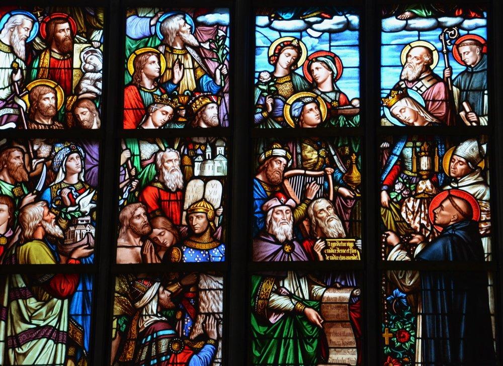 Vitrail dans la cathédrale d'Anvers