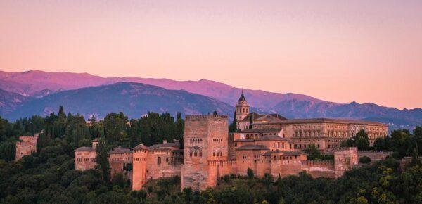 Coucher de soleil sur l'Alhambra de Grenade
