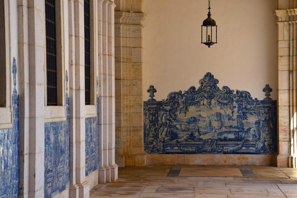 Azulejos dans le monastère Saint Vincent de Fora