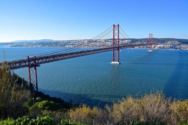Panorama depuis le Cristo Rei sur Lisbonne