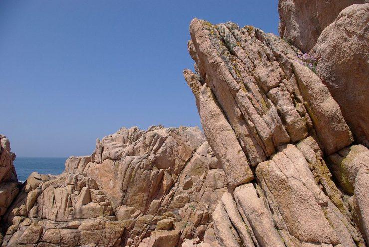 Granit rose sur l'île de Bréhat