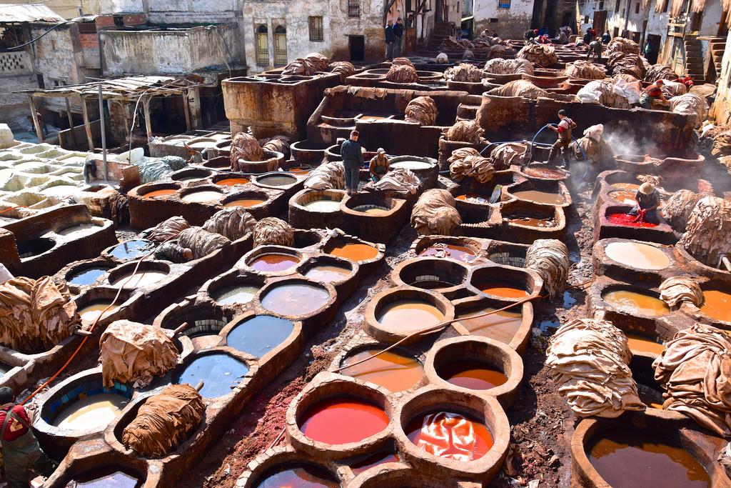 Des À La Fès De Visite Coeur Tanneries Médina Chouara Au qOtFtd