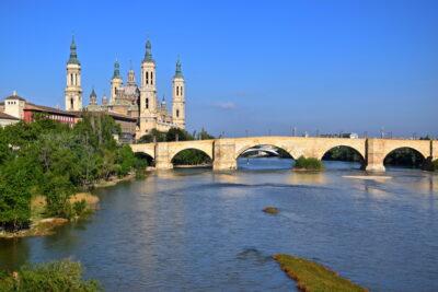 Basilique et l'Ebre à Saragosse