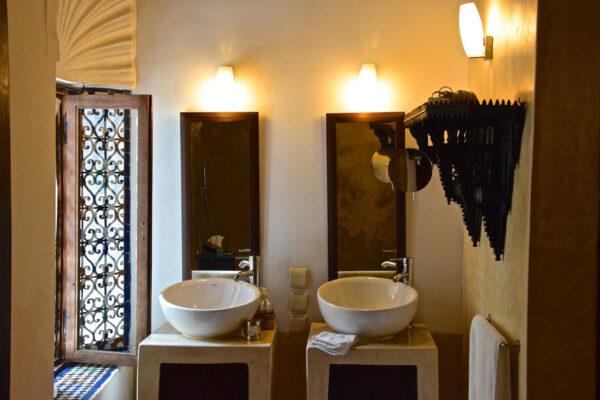 Salle de bain au riad Azahra