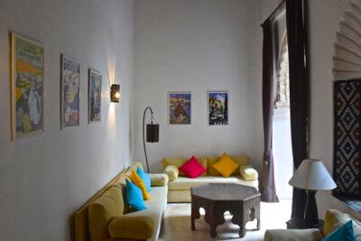 Salon au riad Azahra à Rabat