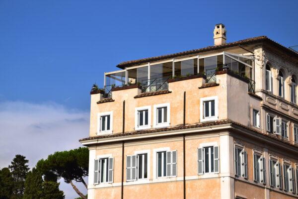 Façade du Palazzo Manfredi à Rome, face au Colisée