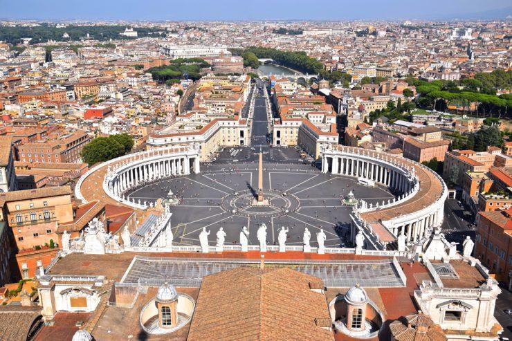 Place Saint-Pierre au Vatican
