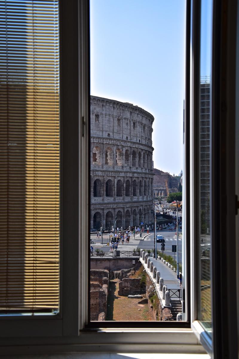 Vue sur le Colisée depuis le Palazzo Manfredi