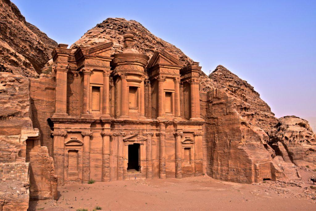 Monastère al Deir à Pétra