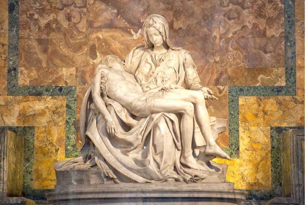 Visiter Vatican : la pietà de Michel Ange