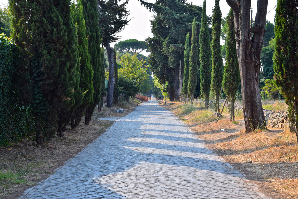 Via appia rome antique voie romaine conseils pour for Cioccari arredamenti via appia