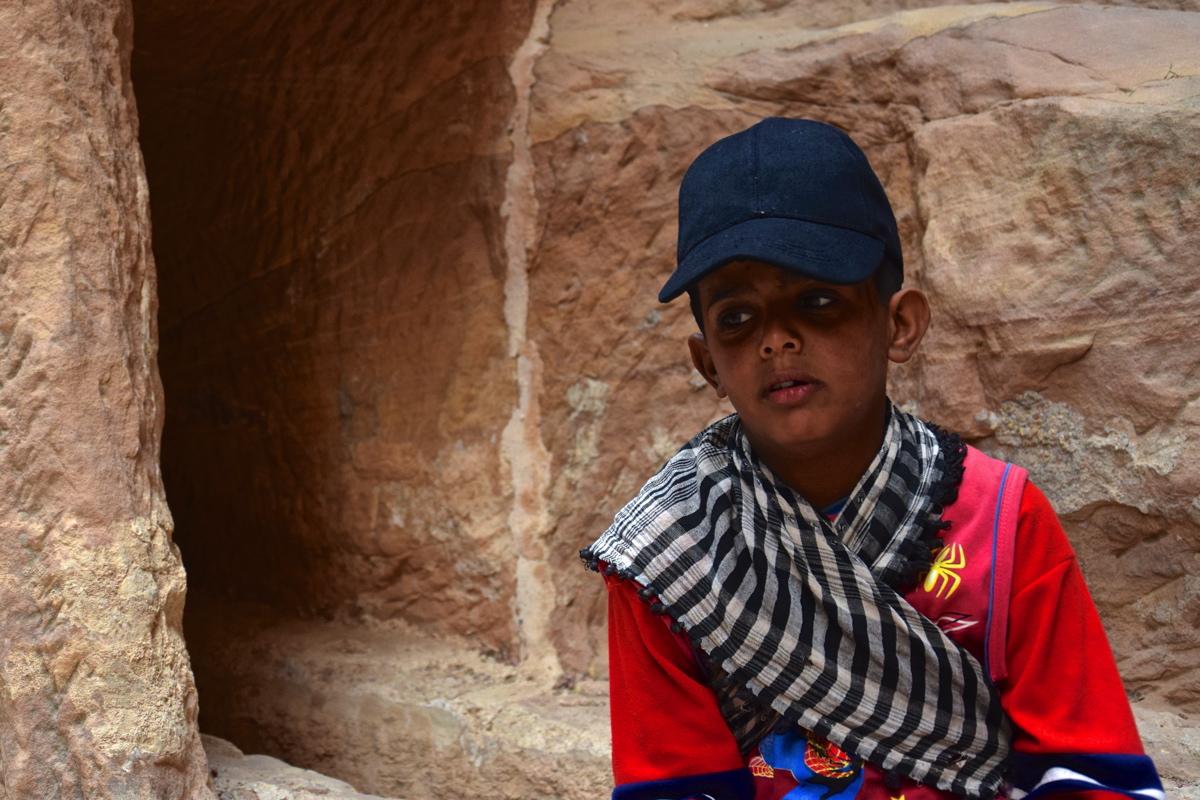 Enfant sur le site de Pétra