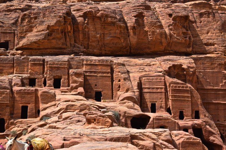 Façades de Pétra en Jordanie