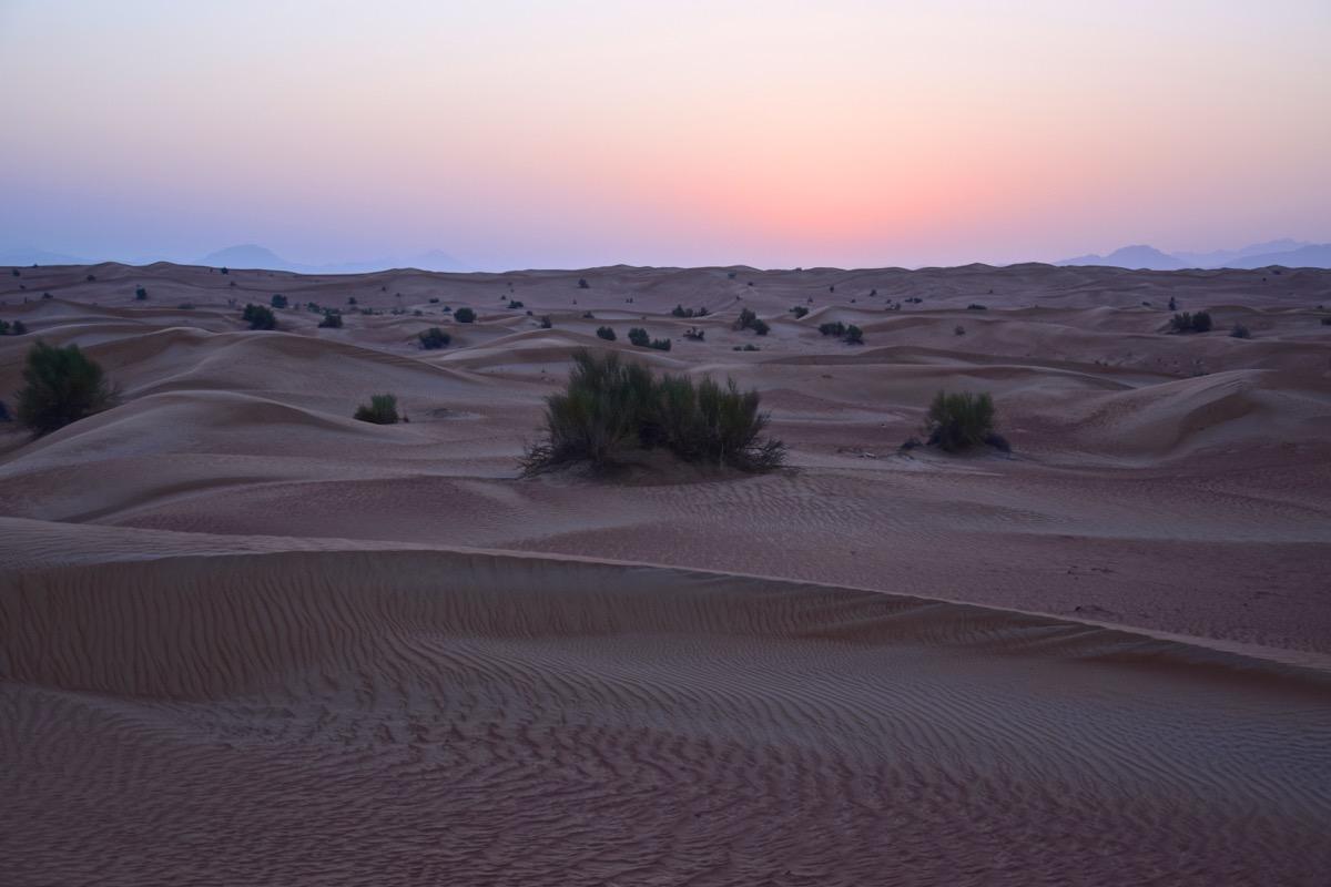 Sunrise dans le désert