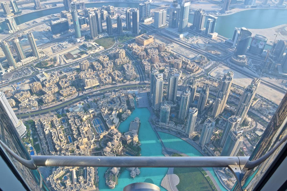 Vue plongeante depuis At the Top Sky - Burj Khalifa