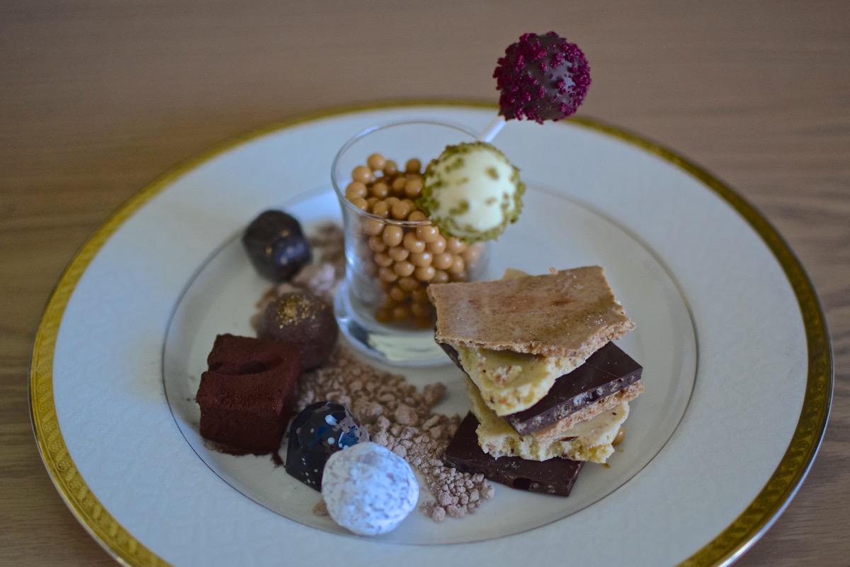 Assiette de chocolat Mina A'Salam à Dubai