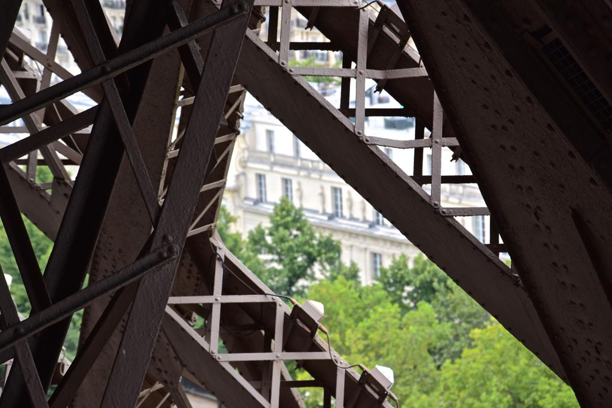 Entrailles de la Tour Eiffel