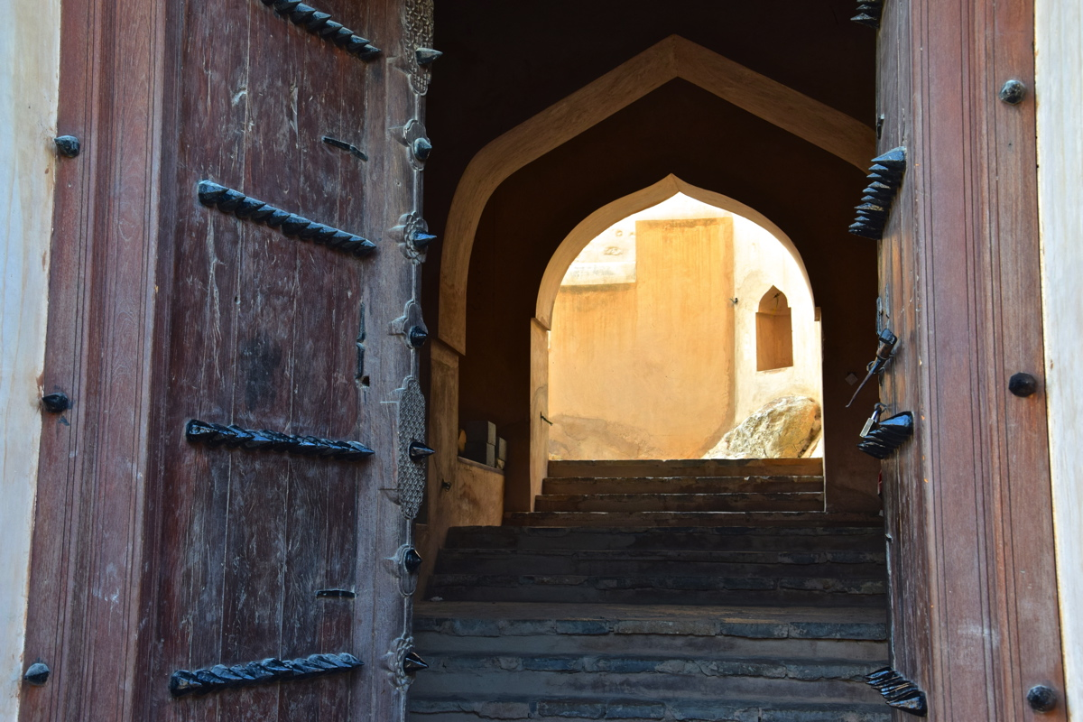 Porte du fort de Nakhal