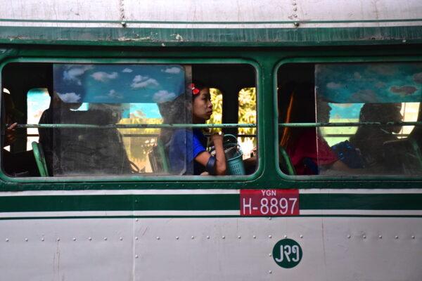 Bus à Yangon en Birmanie