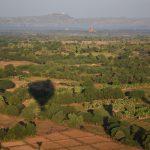 Bagan, survol des champs ...