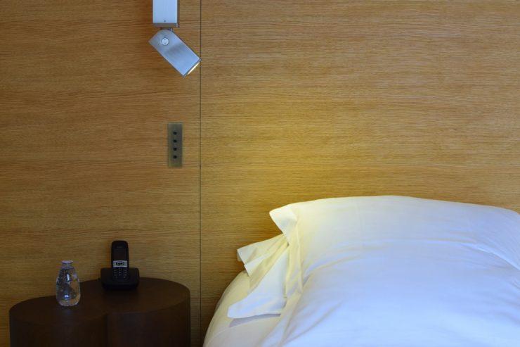 Lit à l'hôtel Marignan Elysées, Paris
