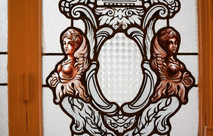 Vitraux dans l'hôtel Marignan Elysées