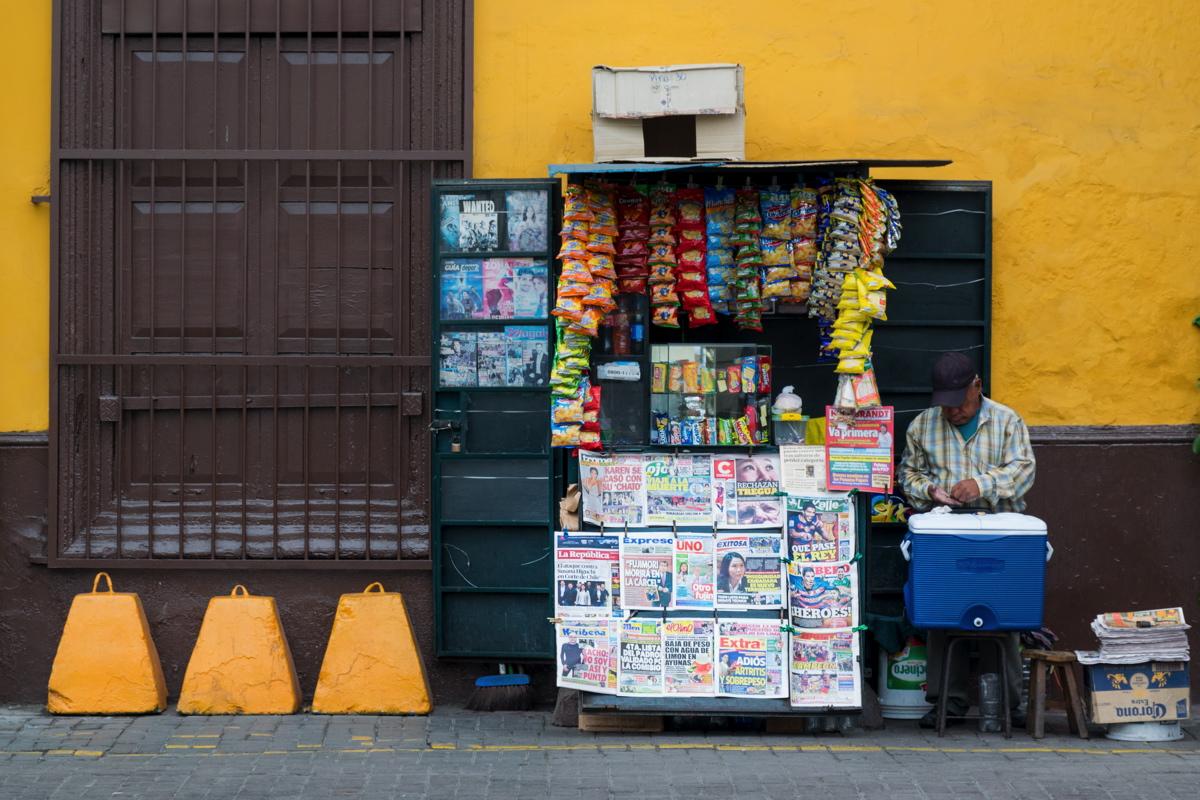 Vendeur de rue à Lima
