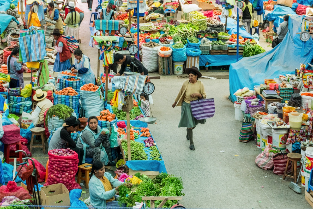 Allée du marché d'Urubamba
