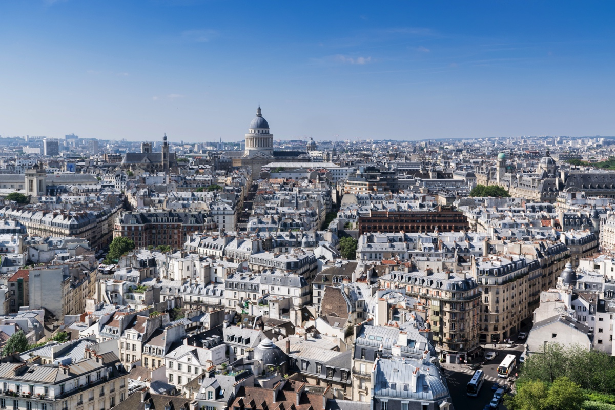 Vue sur Paris depuis les Tours de Notre-Dame de Paris