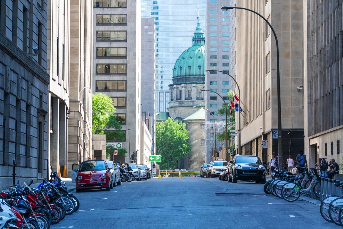 Dans une rue de Montréal
