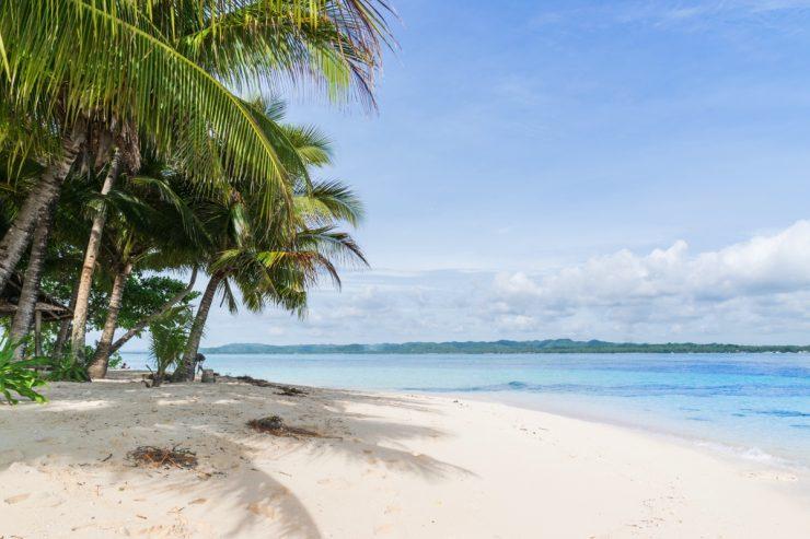 Plage de Guyam Island