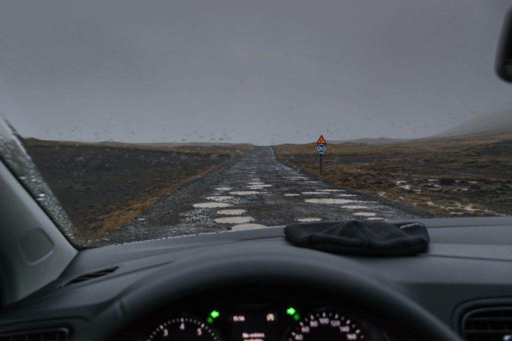Route non goudronnée en Islande